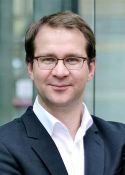 Dr. med. Tobias Wiesner, Facharzt für Innere Medizin, Endokrinologe, Diabetologe, Hausarzt